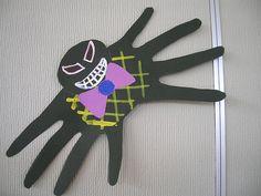 So cute!  Quick Halloween craft
