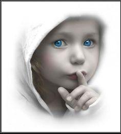 Callando es como se aprende a oír; oyendo es como se aprende a hablar; y luego, hablando se aprende a callar. Diógenes Laercio (S. III AC-?) Historiador griego.