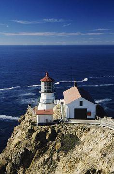 POINT REYES LIGHTHOUSE, POINT REYES NATIONAL SEASHORE, CALIFORNIA