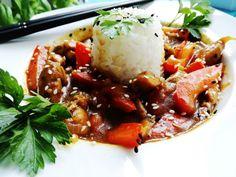 KURCZAK W SOSIE CURRY - Jemy i nie tyjemy. Kuchnia według Sylwii Recipe Images, Beef, Ethnic Recipes, Food, Meat, Essen, Ox, Ground Beef, Yemek