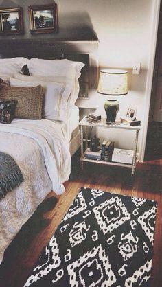 Apt decor bedroom idea