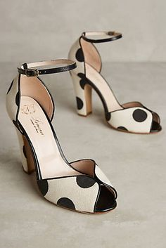 high heels – High Heels Daily Heels, stilettos and women's Shoes Fab Shoes, Pretty Shoes, Dream Shoes, Crazy Shoes, Beautiful Shoes, Cute Shoes, Me Too Shoes, Stilettos, Pumps