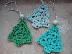 Jeg er rigtig vildmed disse små juletræ og jeg skal helt sikkert også have lavet nogle til mig selv. Hvis bare der var flere timer i døgnet...