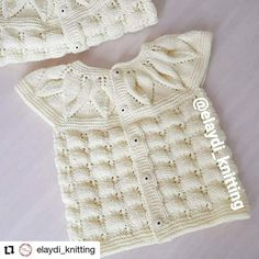 Blusa girasol de bebita tejido a dos agujas Boho Chic, Baby Knitting Patterns, Blouse, Instagram, Tops, Women, Fashion, Cream Blouse, Hama