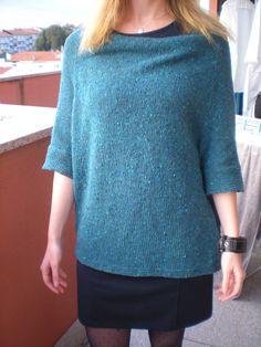 Do nosso KAL de Outono, o modelo Hayward tricotado pela Cristina João, na lã Amélia da Ovelha Negra. Ficou lindo!! Modelo Hayward - http://www.ravelry.com/patterns/library/hayward Lã Amélia - http://loja.ovelha-negra.com/pt/407-amelia #lojaovelhanegra #ovelhanegrayarns #ovelhanegramelia #knitting