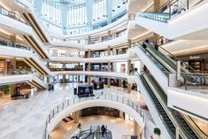 900 Ideas De Centros Comerciales Retail Centro Comercial Centro Interior De Un Centro Comercial