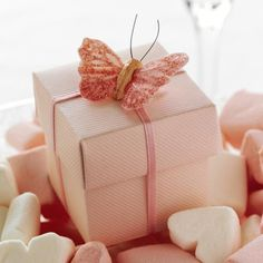 Pink Ribbed Favour Boxes - 10 Pack