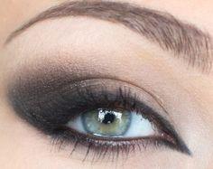 Soft Smokey Eye
