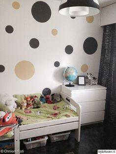 lastenhuone,liitutaulu,diy tapetti