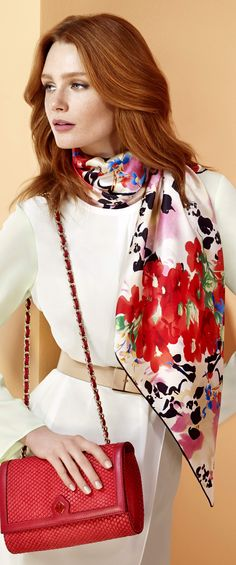 AKER 2014 İlkbahar / Yaz Eşarp-Giyim-Çanta Koleksiyonu'ndan