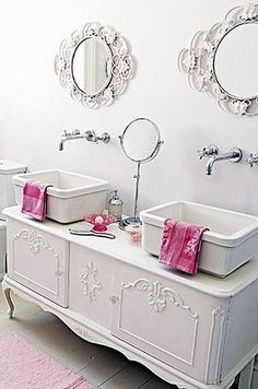Dresser Sink, incredible mirrors and long faucets
