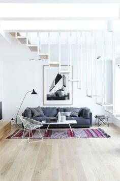 Prachtig appartement met als centerpiece de trap Roomed   roomed.nl