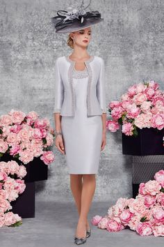 Short fitted dress with pearl detailing and waist length jacket 008848