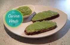 Avocadoaufstrich klassisch - Rezept von Joes Cucina Verde Avocado Creme, Avocado Toast, Breakfast, Food, Youtube, Cooking, Fried Apples, Food Portions, Diy