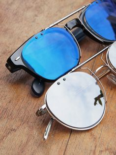 clip-on mirror-sunglass by PonMegane | We accept orders from all over the world.