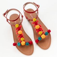 From espadrilles to sandals, Boden is delivering on our favourite summer shoes for less – here are the five that will take you through the season… Fashion Flats, Diy Fashion, Pom Pom Sandals, Leather Gladiator Sandals, Sandals Outfit, Party Shoes, Summer Shoes, Creations, Ankle Straps