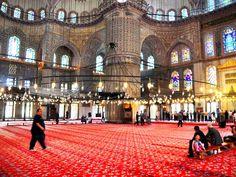 아름다운 터키 이스탄불의 건축물, 블루모스크 The Blue Mosque in Istanbul. TURKEY.  It's called the Blue mosque in the West beacause if the blue Izinik tiles. . . #터키여행 #블루모스크 #이스탄불 #여행그램 #instagram #followme #tour #turkey #travelblogger #travels #worldpics #photo #해외여행 #블로거 #사진여행 #insta_shutter #instadaily #photolovers #world_great #travel #travelgram#instalove #instahappy #explore #travelphotography #worldplace #beautifulview #tourism #wonderplaces #맞팔환영��…