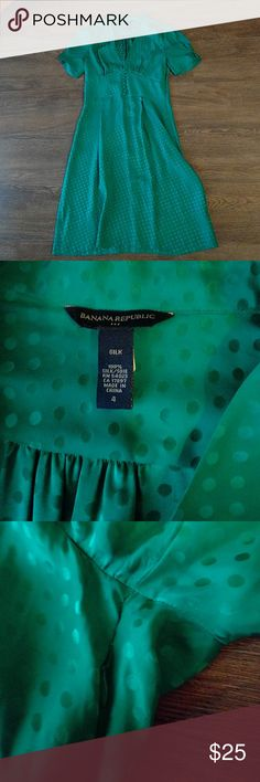 """Silk banana republic dress teal/green Banana republic pure silk women's size 4 dress. Had to make small sewing repair above side zipper under armpit where seam came apart. Shown in third pic. It's not noticable because it was only the seam. Really good condition overall. Approx 36"""" from shoulder to hem. Banana Republic Dresses"""