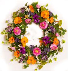 Ranunculus and Poppy Wreath