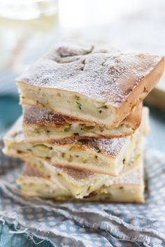 Scarpaccia, a Tuscan sweet Zucchini cake recipe by La cucian toscana and shared by Juls Kitchen blog.