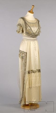 Evening dress ca. 1910  From the ULSTER FOLK & TRANSPORT MUSEUM