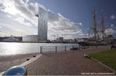 32-floors high hotel / convention center planned to Jätkäsaari, Helsinki. As seen from Hietalahdenranta.