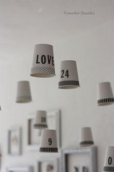 「100円缶でデスク収納」の画像|インテリアと暮らしのヒント |Ameba (アメーバ)