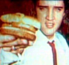 ♡♥Elvis eats a hamburger♥♡