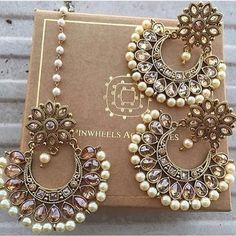 37 Indian Wedding Jewelry For Every Bride To Stand Out Kelly Smith, Indian Accessories, Jewelry Accessories, Buy Jewellery Online, Indian Wedding Jewelry, Pakistani Jewelry, Indian Earrings, Indian Bangles, India Jewelry