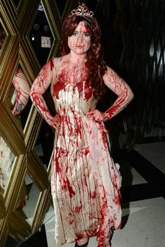 Kelly Osbourne - It's Halloween—get gory! Kelly Osbourne dropped a bucket of blood on herself for this Carrie horror-film look, and you should do the same. Best Friend Halloween Costumes, Celebrity Halloween Costumes, Homemade Halloween Costumes, Halloween 2013, Pop Culture Halloween Costume, Halloween Costumes For Girls, Halloween Party, Halloween Night, Halloween Makeup