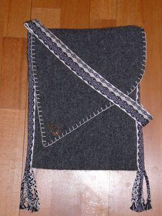 My first mediaeval bag by Angeyja.deviantart.com on @deviantART