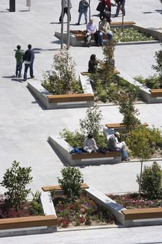 Plaza de Santo Domingo by Mariñas Arquitectos Asociados. Click image for details, and visit the Slow Ottawa 'Plaza' board for more people-friendly urban spaces. Landscape Model, Landscape And Urbanism, Park Landscape, Landscape Design Plans, Landscape Architecture Design, Contemporary Landscape, Urban Landscape, Landscaping Design, Landscape Architects