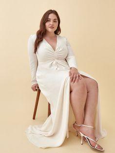 white long sleeve engagement dress - engagement outfits Coat Dress, Buy Dress, Jacket Dress, Fancy Dress, Engagement Dresses, Engagement Photo Outfits, Engagement Photos, Deep V Neck Dress, Gatsby Dress