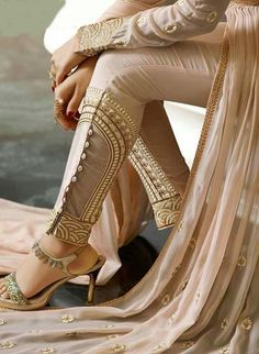 Beautiful Fancy Dresses from all brands Collections you can save the ideas and variations in designs and colors for girls Indian Suits, Indian Attire, Indian Wear, India Fashion, Asian Fashion, Pakistani Dresses, Indian Dresses, Fashion Pants, Fashion Outfits