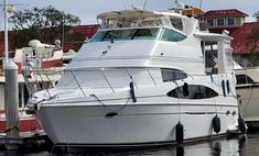 Yacht For Sale, Boats For Sale, Sea Trek, Lg Washer And Dryer, Bottom Paint, Motor Yachts, Side Deck, Yacht Broker, Below Deck
