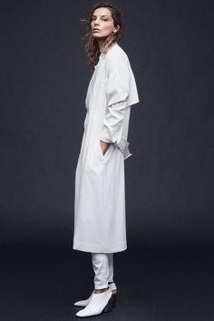 Daria Werbowy: The Edge of Spring | Coat, Edun. Jeans, Acne Studios. Shoes, Céline.