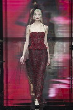 Giorgio Armani Prive Autumn/Winter 2014-15 Couture