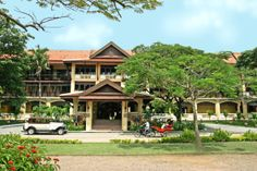 The elegant colonial-style Victoria Angkor Resort & Spa, Siem Reap. Featuring a Victorian touch, air conditioned rooms and suites come with dark furnishings, all with private balcony facing the pool, tropical garden or the Royal Park. Free WIFI access is available throughout the hotel.