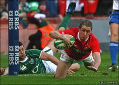 Shane Williams - Welsh rugby  and ambassador for Proper Welsh Milk!