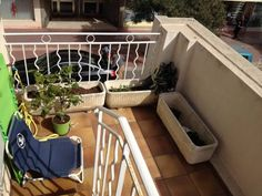 Lerins Cannes Lerins offers pet-friendly accommodation in Cannes, 1.9 km from Palais des Festivals de Cannes and 2.3 km from Fort Royal. The air-conditioned unit is 4.2 km from Lérins Abbey. Free WiFi is offered throughout the property.