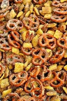 Cinnamon Sugar Snack Mix recipe is perfect for satisfying your snack time cravings! Pretzels, pecans, candy, and cereal coated in cinnamon sugar make this mix so indulgent! Cinnamon Pretzels, Cinnamon Cereal, Snack Mix Recipes, My Recipes, Dessert Recipes, Desserts, Holiday Snacks, Tailgate Food, Chex Mix