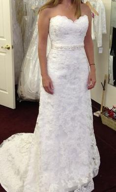 Lace wedding dresses are affordable from our design firm. We offer brides on a budget inexpensive custom wedding dresses that can be made with any preferences.  We also offer #replicas of designer dresses that are cheaper than the original couture designs. Get pricing on any dress in a picture at www.dariuscordell.com