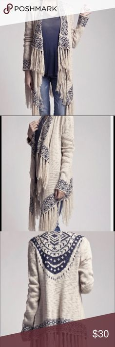 Blu Pepper Boho Fringe Cardigan This sweater is SO trendy and fabulous! Perfect for wrapping up on cold nights and still looking fantastic;)  Never worn. I have another like it and I'm finally letting go.....size L but works well as a M too😍 Blu Pepper Sweaters Cardigans