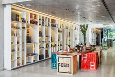 Loja Feed / FGMF Arquitetos + Projeto de Perto | ArchDaily