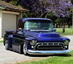 57 Chevy Trucks, Hot Rod Trucks, Chevy Pickups, Big Trucks, Classic Pickup Trucks, Old Pickup Trucks, Custom Muscle Cars, Custom Cars, Chevrolet 3100