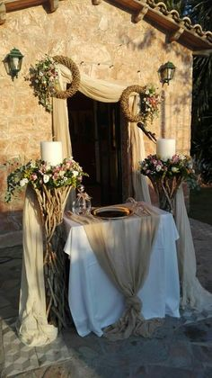 Greek Wedding, Home Wedding, Wedding Table, Wedding Events, Gold Wedding Colors, Wedding Flowers, Royal Wedding Guests Outfits, Wedding Stairs, Bride Shower