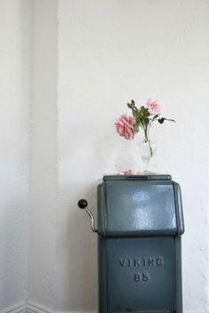 """Sommarlandet"" Photo: Idha Lindhag Styling: Saša Antić Elle interiör no.5 2012"