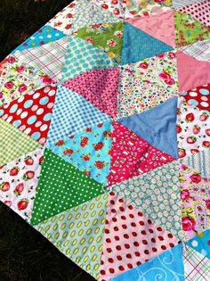 triangle quilt.  Great idea on how to use up scrap fabric