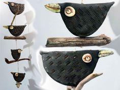 Windspiele - 4 Vögel auf Treibholz - Fensterhänger - Keramik - ein Designerstück…