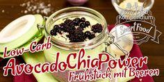 Avocado-Chia-Power-Frühstück mit Beeren - Low-Carb & schnell gemixt